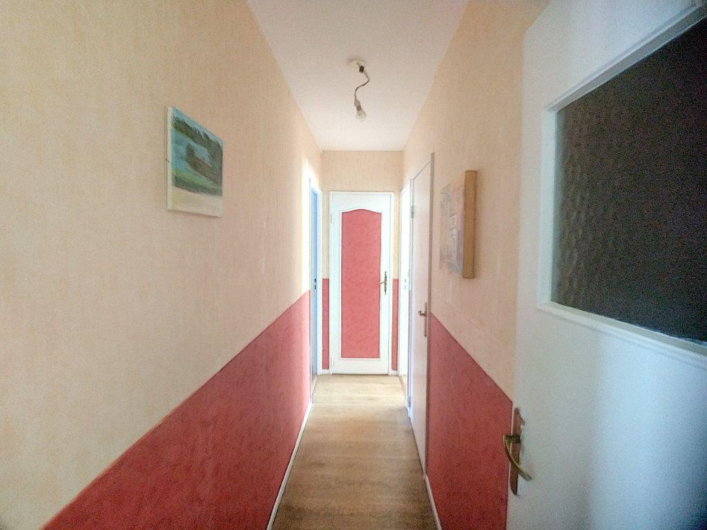 Appartement à vendre 3 69m2 à Roubaix vignette-3