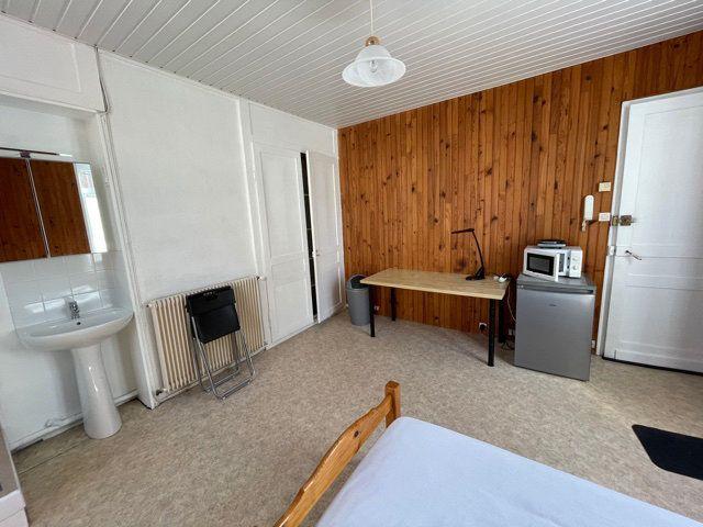 Appartement à louer 1 16m2 à Lille vignette-3