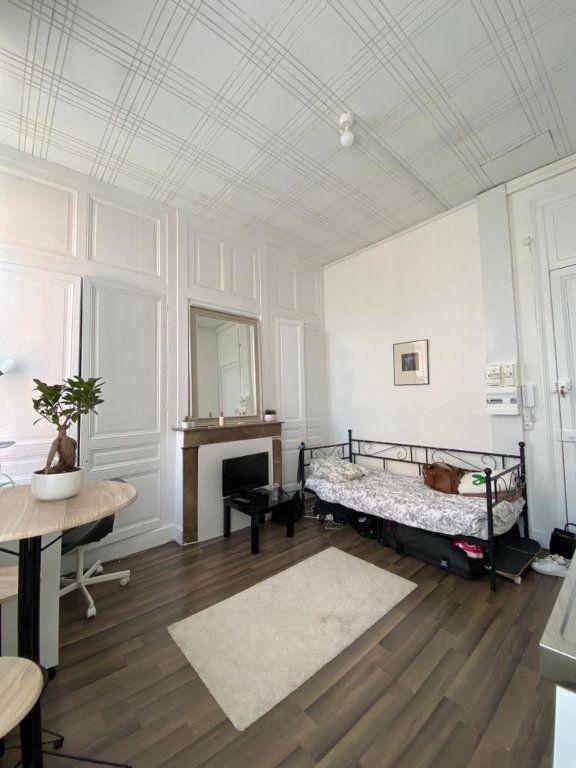 Appartement à louer 1 20m2 à Tourcoing vignette-2