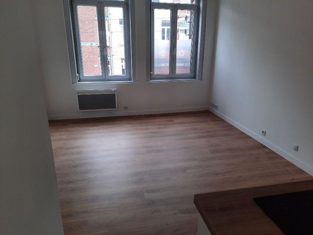 Appartement à louer 1 22.01m2 à Lille vignette-5