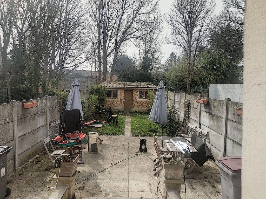 Maison à vendre 4 210m2 à Tourcoing vignette-2