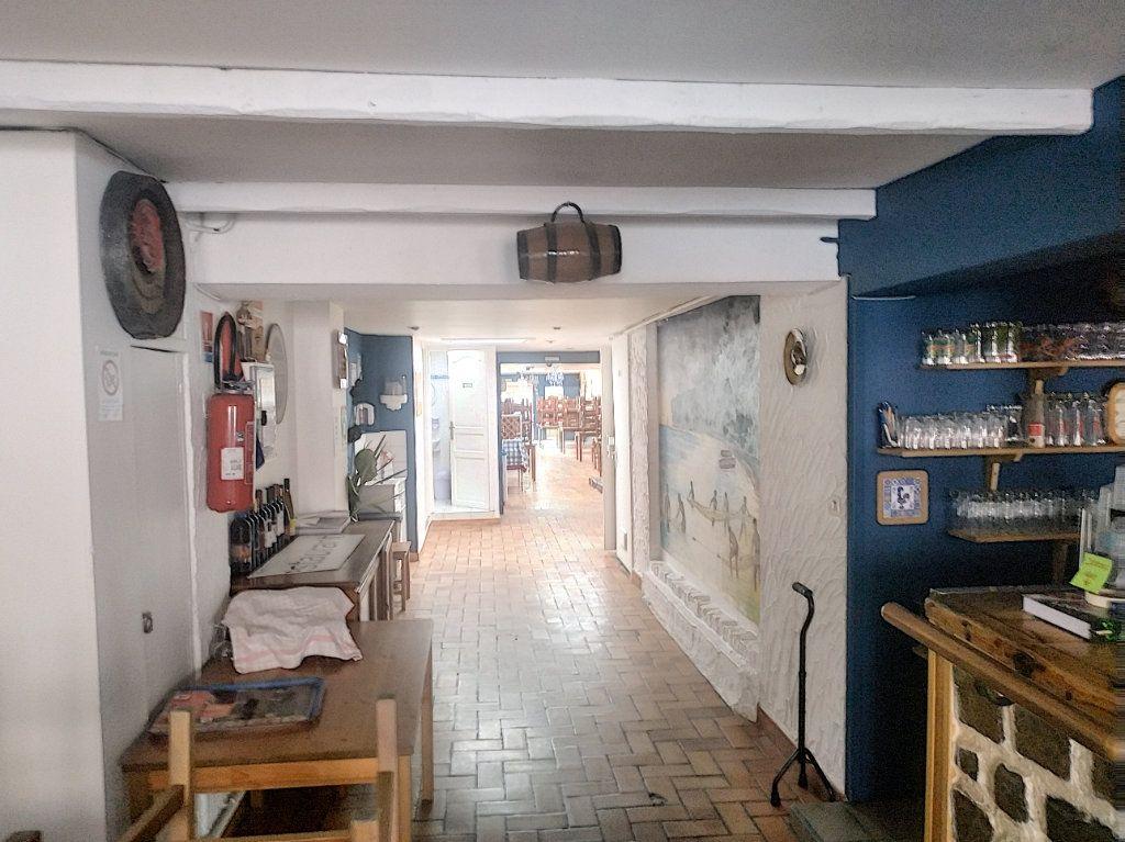 Maison à vendre 4 210m2 à Tourcoing vignette-8