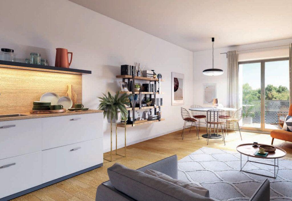 Appartement à vendre 4 87.2m2 à La Madeleine vignette-1