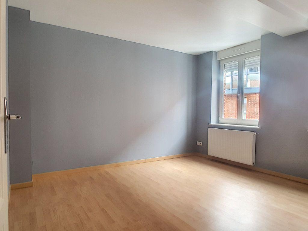 Maison à louer 2 40.9m2 à Lille vignette-2