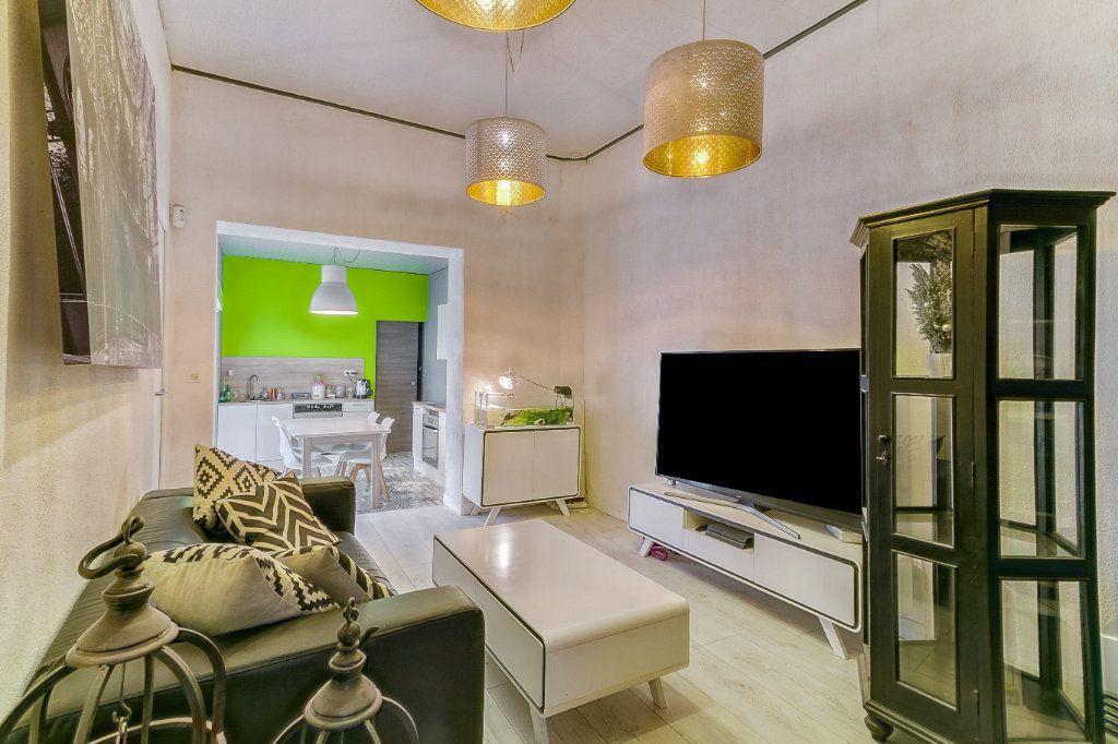 Maison à vendre 6 155m2 à Tourcoing vignette-1