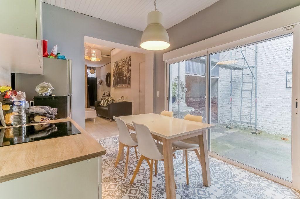 Maison à vendre 6 155m2 à Tourcoing vignette-2
