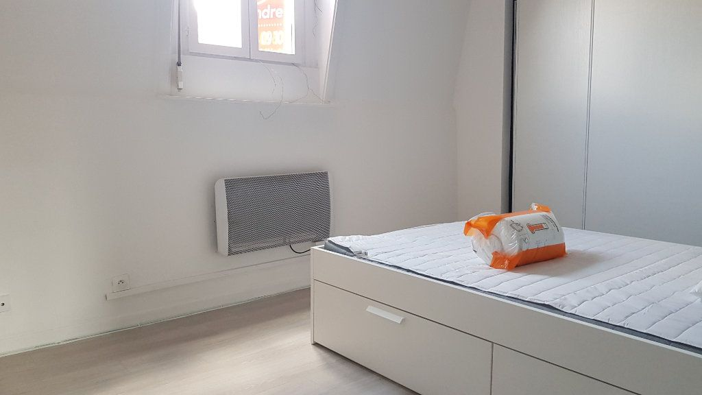 Appartement à louer 4 72m2 à Tourcoing vignette-2