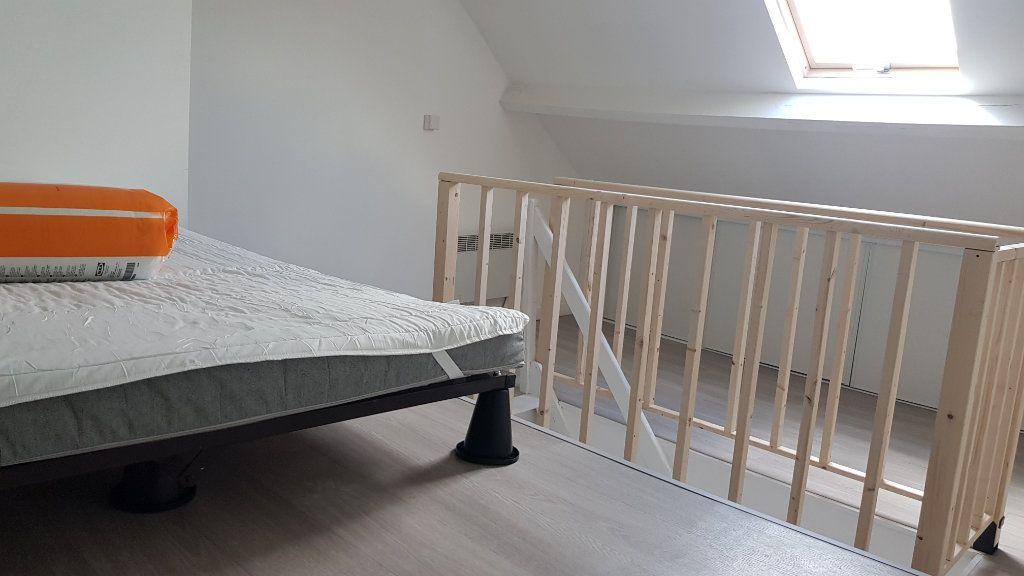 Appartement à louer 4 72m2 à Tourcoing vignette-3