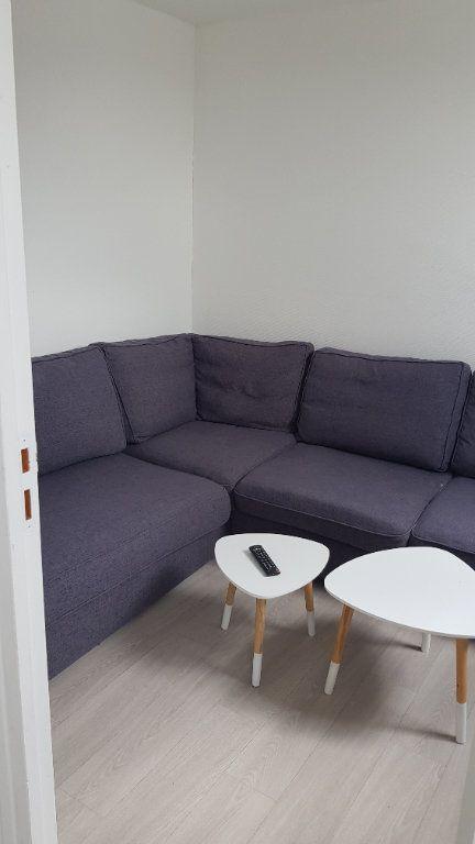 Appartement à louer 4 72m2 à Tourcoing vignette-7