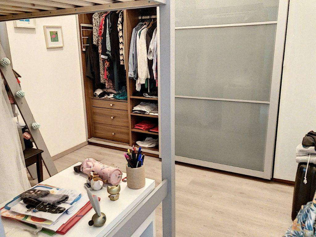 Appartement à vendre 3 80.5m2 à Lille vignette-5