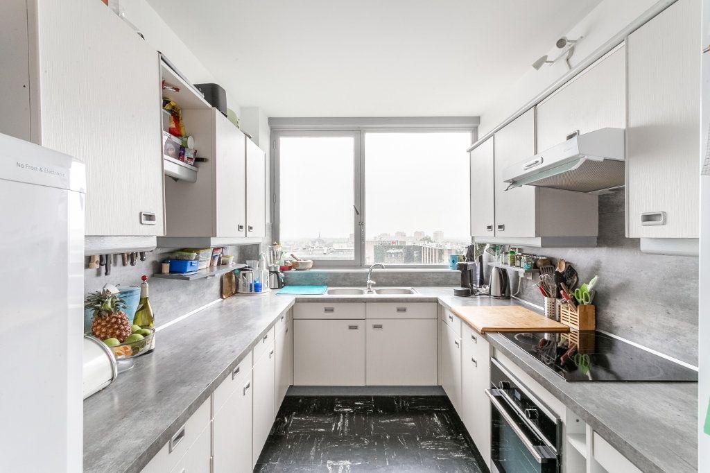 Appartement à vendre 4 127.03m2 à Roubaix vignette-3