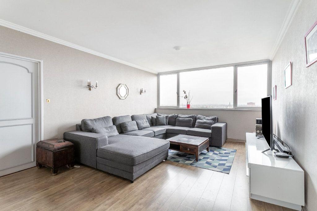 Appartement à vendre 4 127.03m2 à Roubaix vignette-4