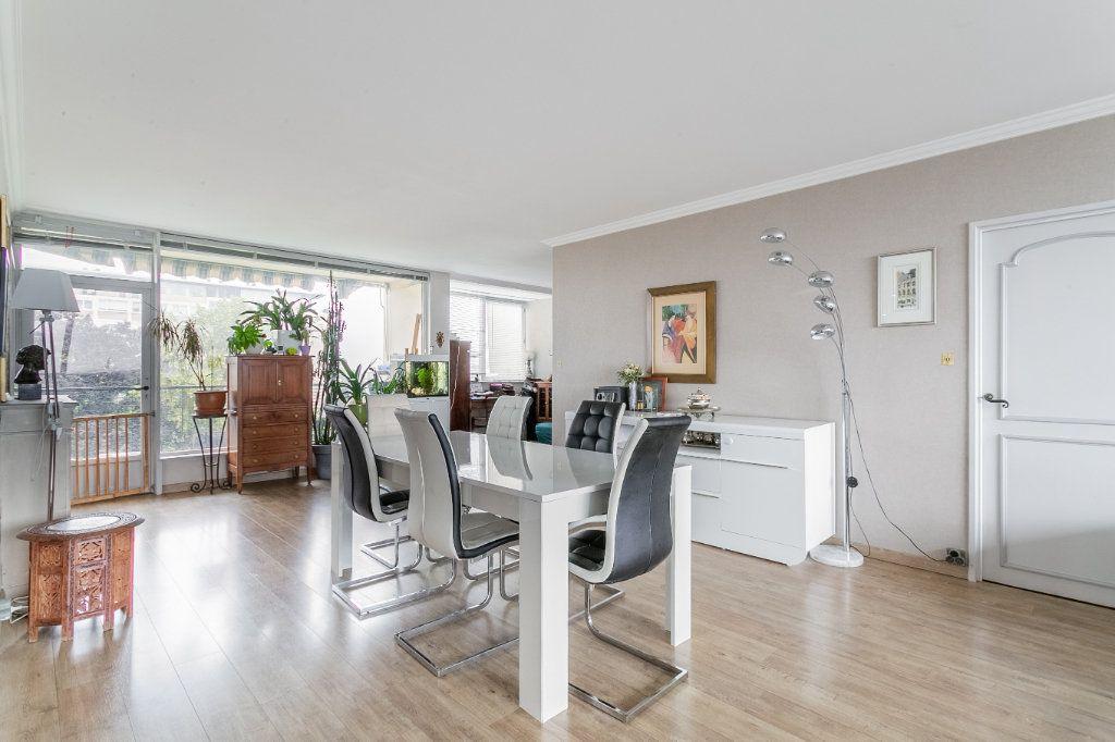 Appartement à vendre 4 127.03m2 à Roubaix vignette-5