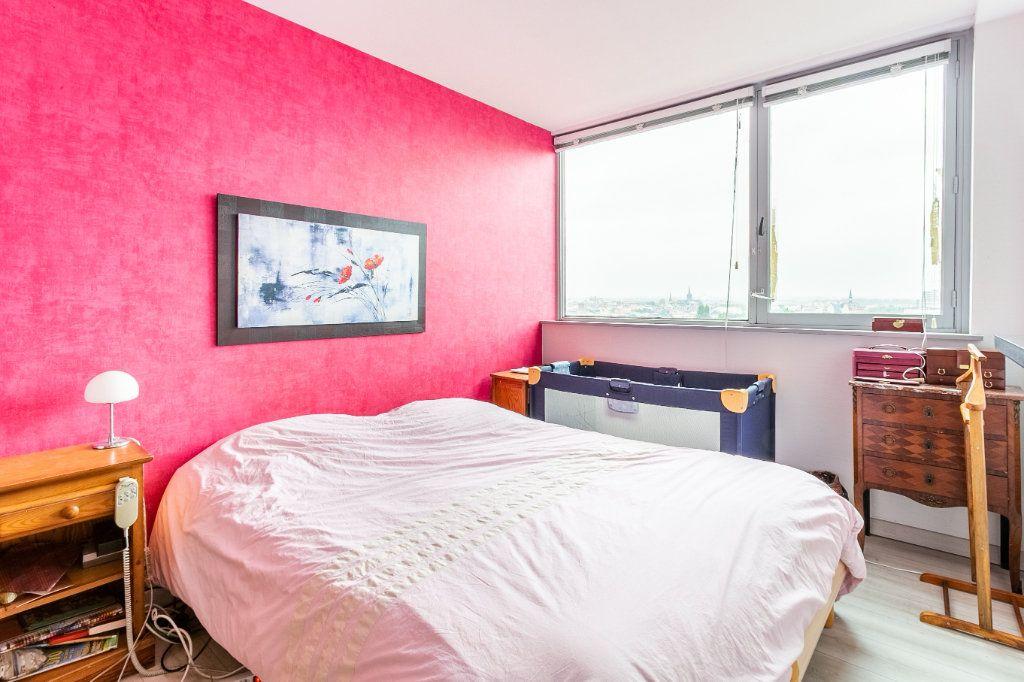 Appartement à vendre 4 127.03m2 à Roubaix vignette-12