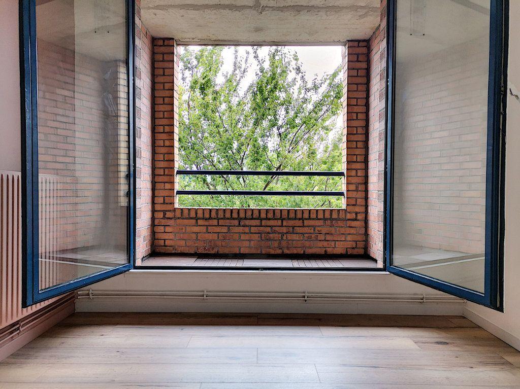 Appartement à vendre 2 50m2 à Villeneuve-d'Ascq vignette-5