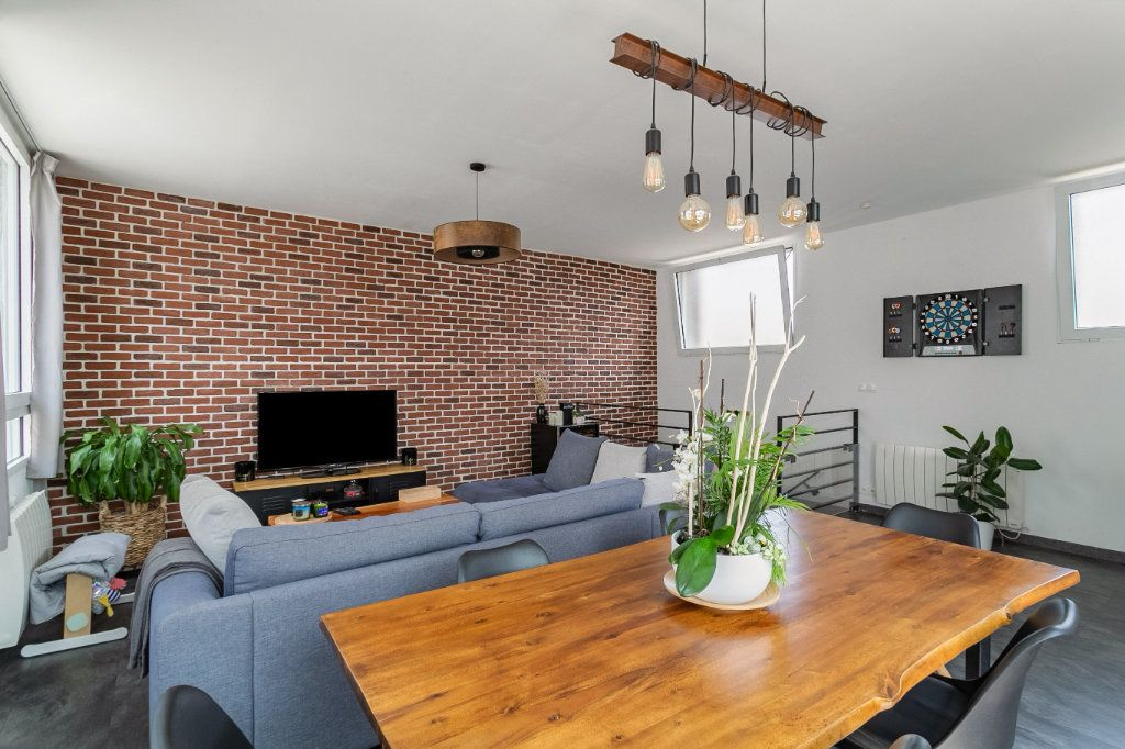 Appartement à vendre 4 100.2m2 à Tourcoing vignette-2