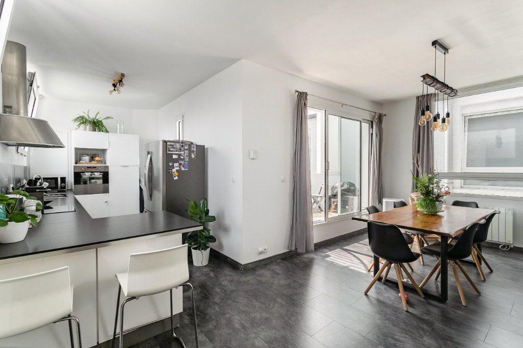 Appartement à vendre 4 100.2m2 à Tourcoing vignette-4