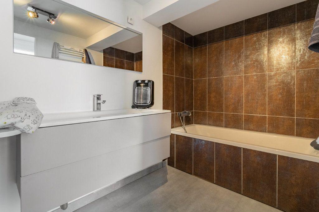 Appartement à vendre 4 100.2m2 à Tourcoing vignette-13
