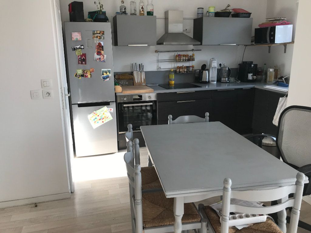 Appartement à louer 2 46.3m2 à Mons-en-Baroeul vignette-4