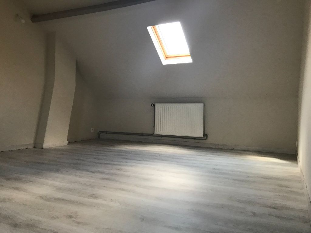 Maison à louer 4 80m2 à Tourcoing vignette-7