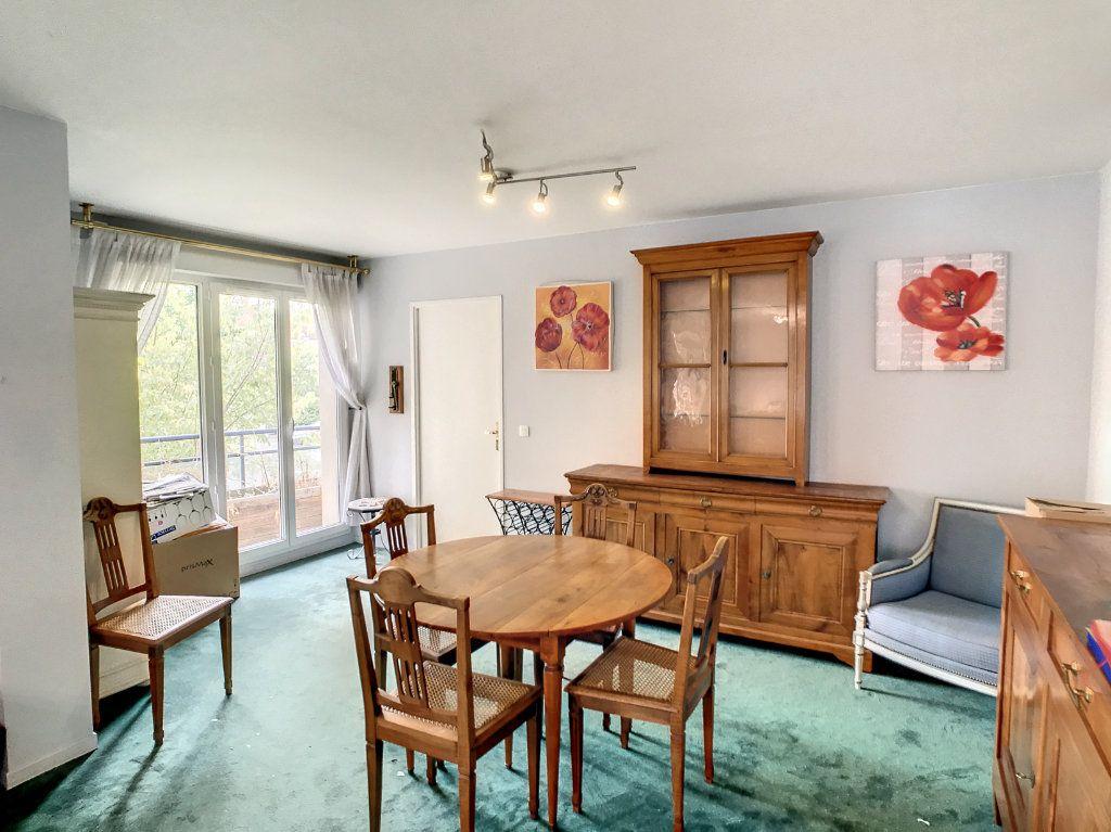 Appartement à vendre 4 114.86m2 à Lille vignette-1