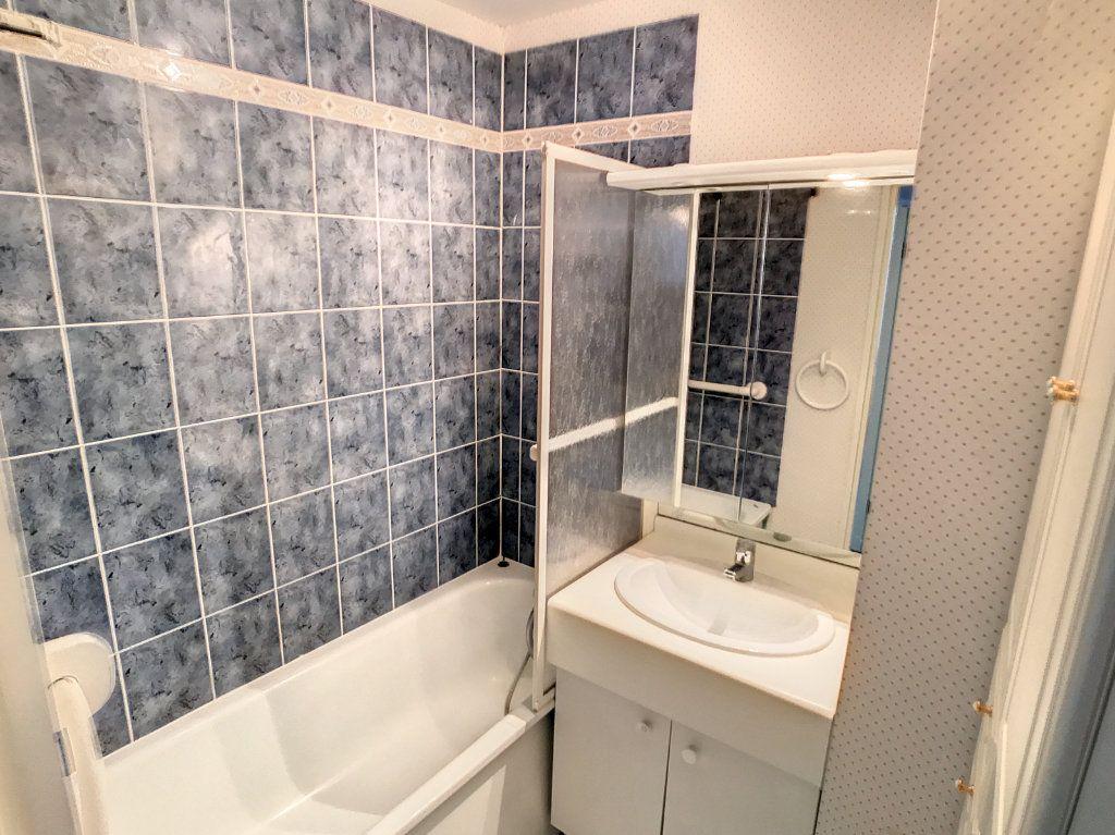 Appartement à vendre 4 114.86m2 à Lille vignette-4