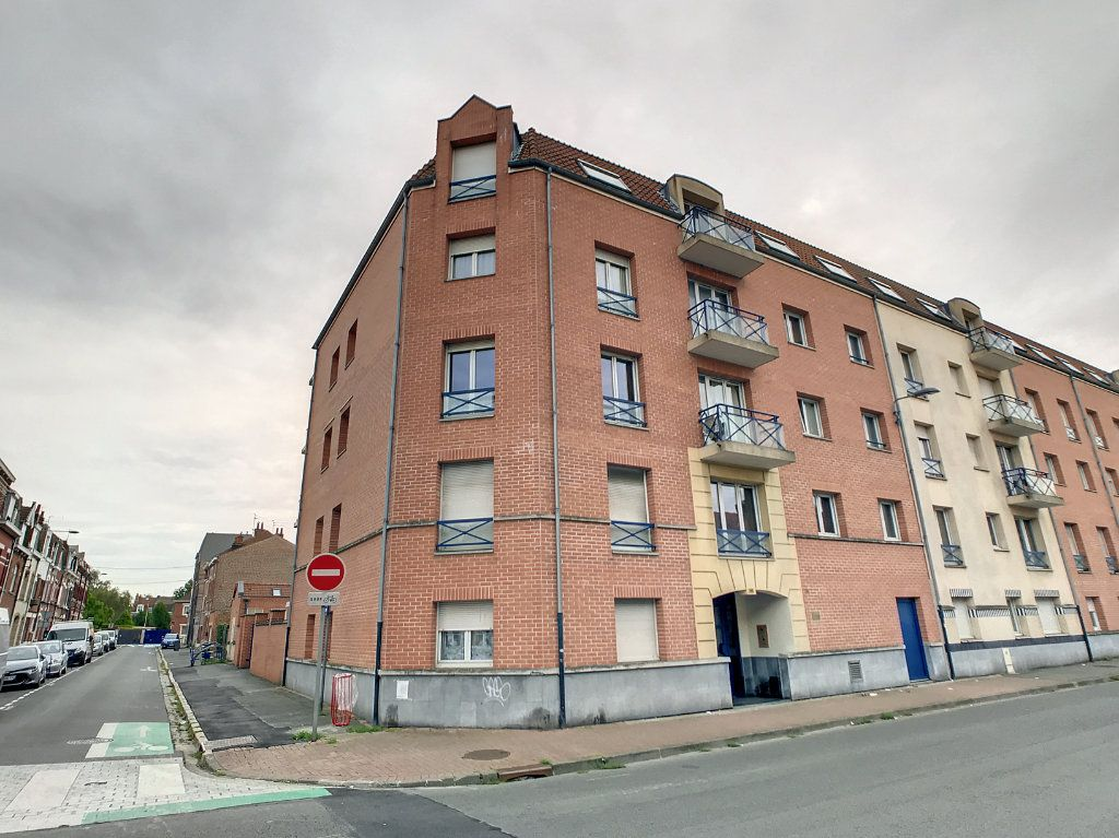 Appartement à vendre 4 114.86m2 à Lille vignette-8