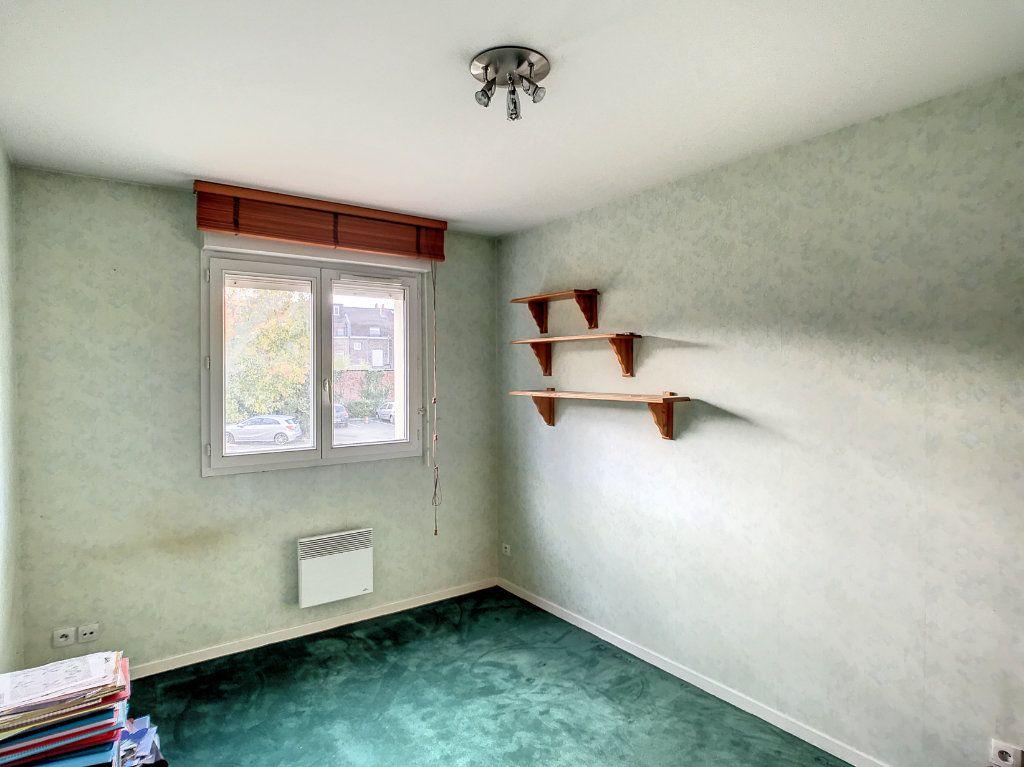 Appartement à vendre 4 114.86m2 à Lille vignette-9
