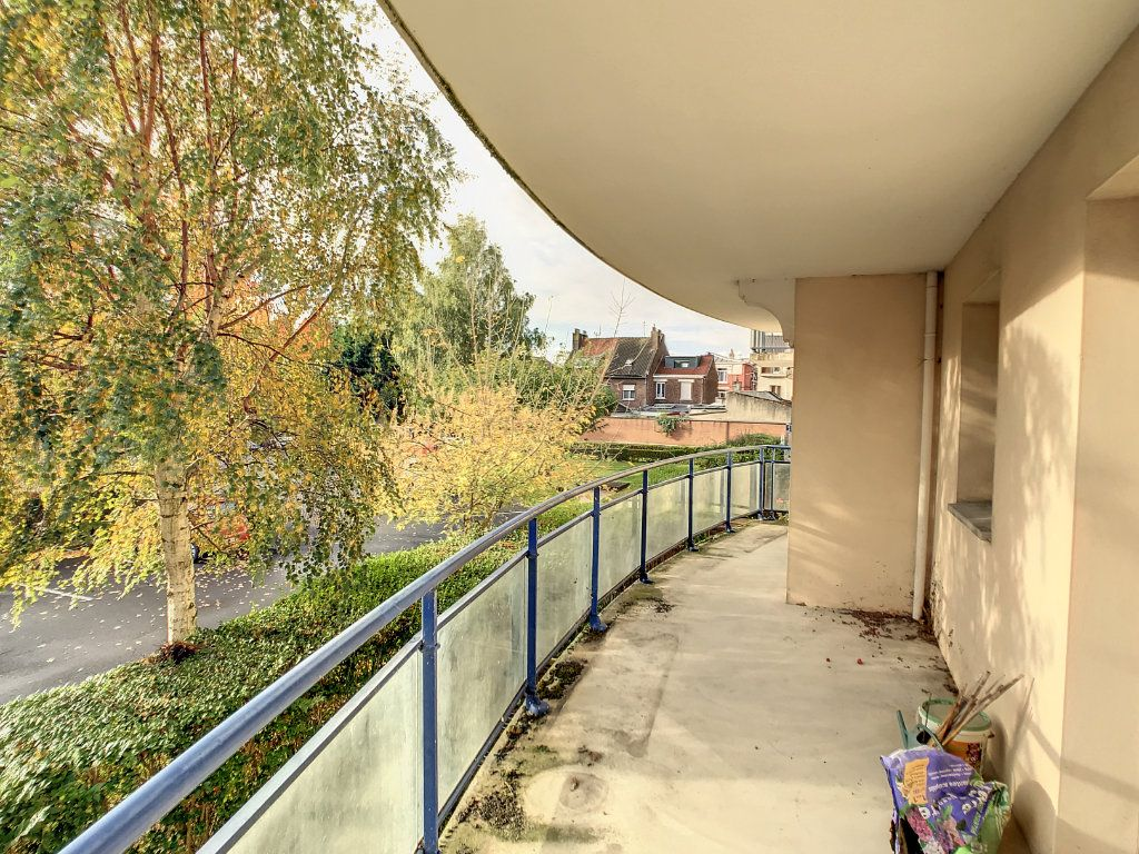 Appartement à vendre 4 114.86m2 à Lille vignette-12