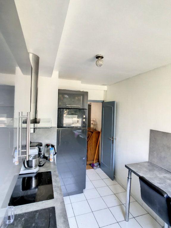 Appartement à vendre 2 42m2 à Lille vignette-2