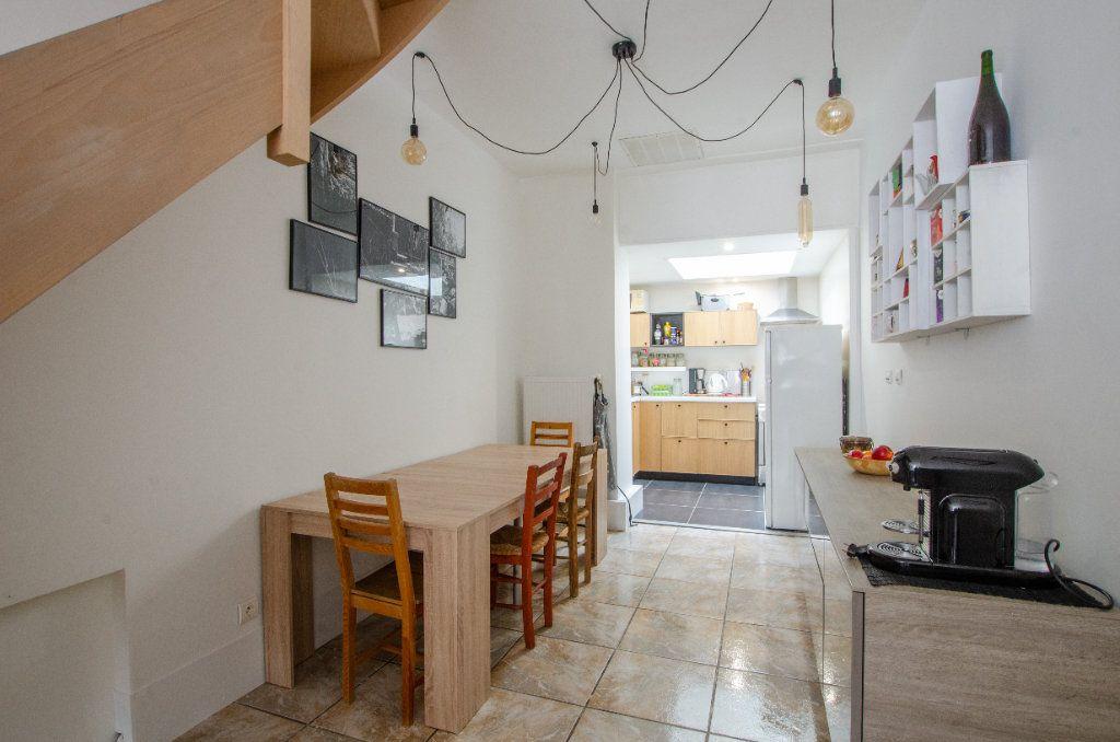 Maison à louer 3 61.65m2 à Lille vignette-7