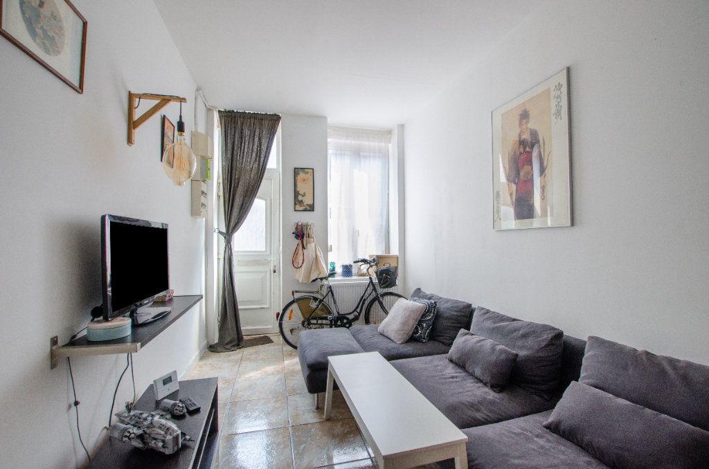 Maison à louer 3 61.65m2 à Lille vignette-8