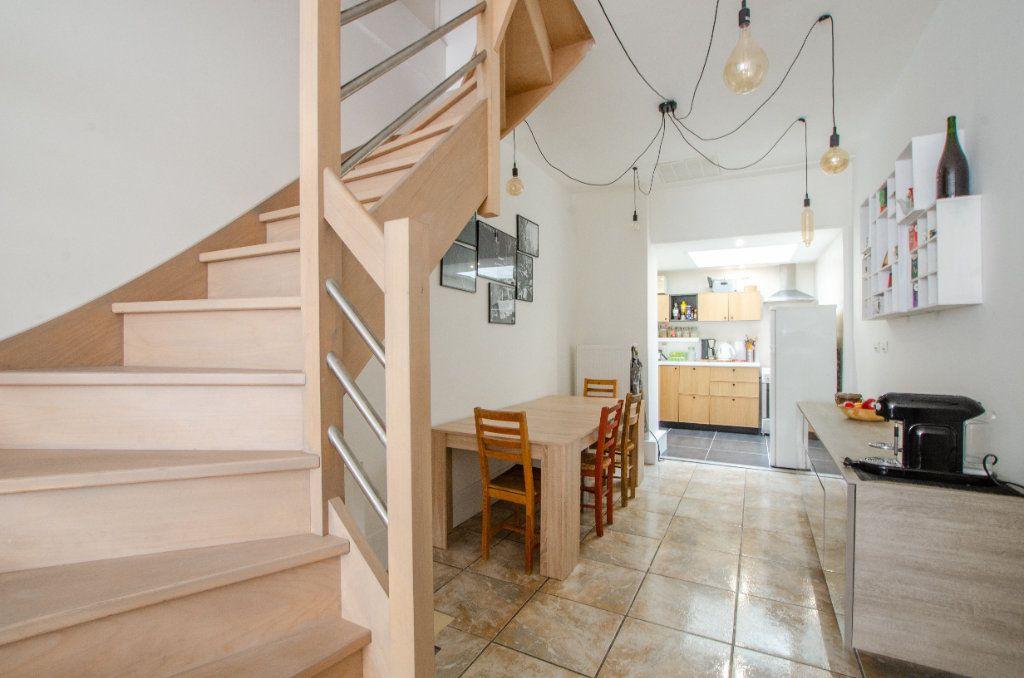 Maison à louer 3 61.65m2 à Lille vignette-9