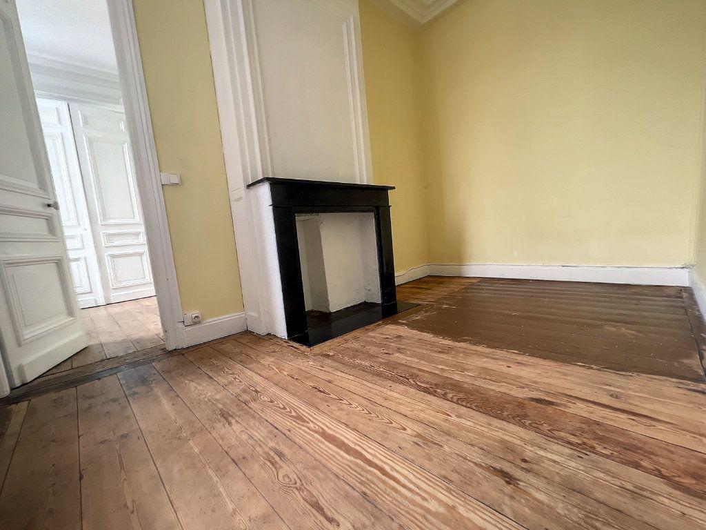 Appartement à vendre 3 88m2 à Lille vignette-3