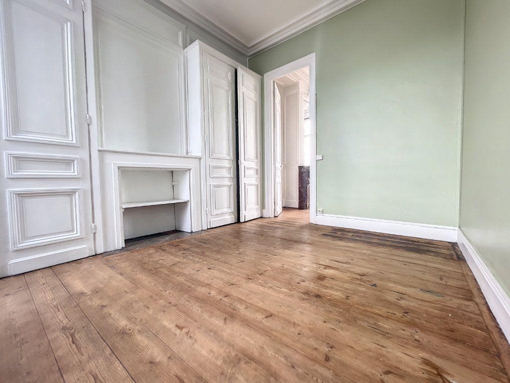 Appartement à vendre 3 88m2 à Lille vignette-4