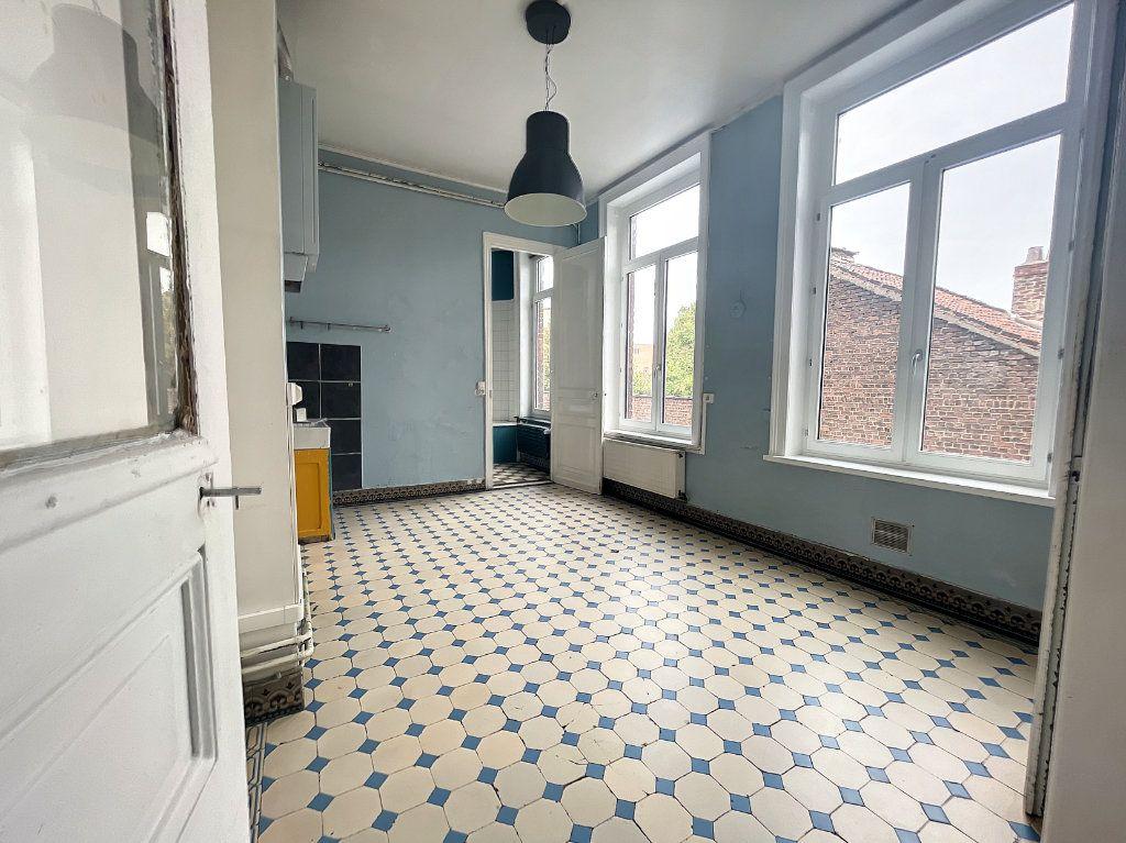 Appartement à vendre 3 88m2 à Lille vignette-9