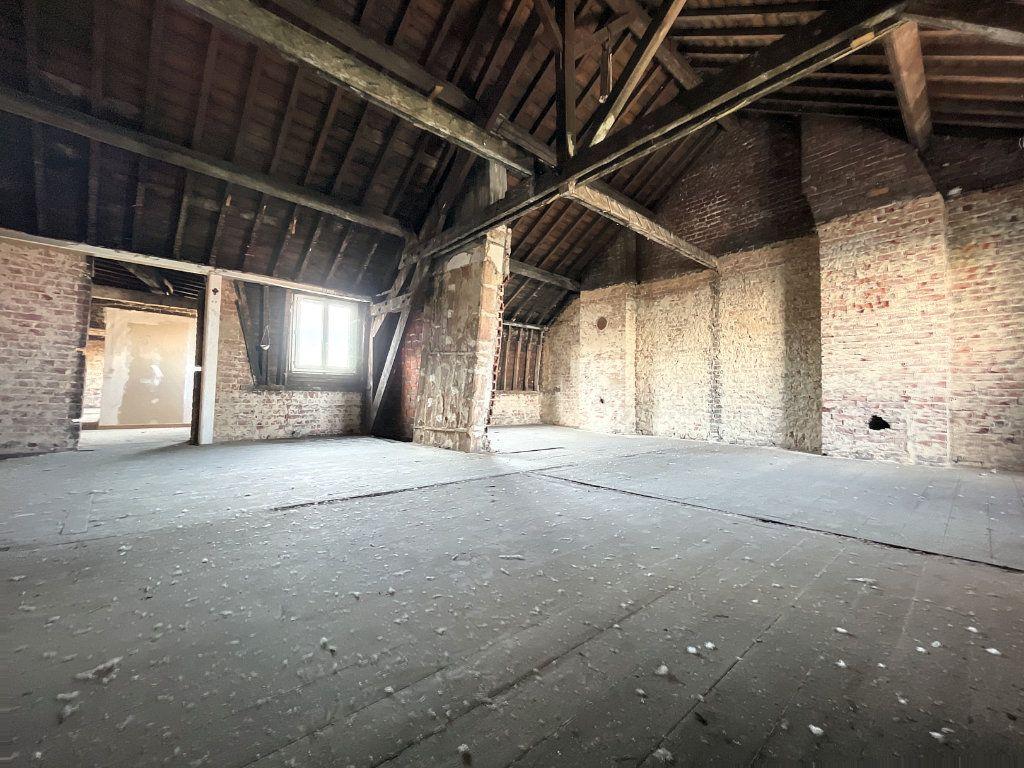 Appartement à vendre 3 97m2 à Lille vignette-1