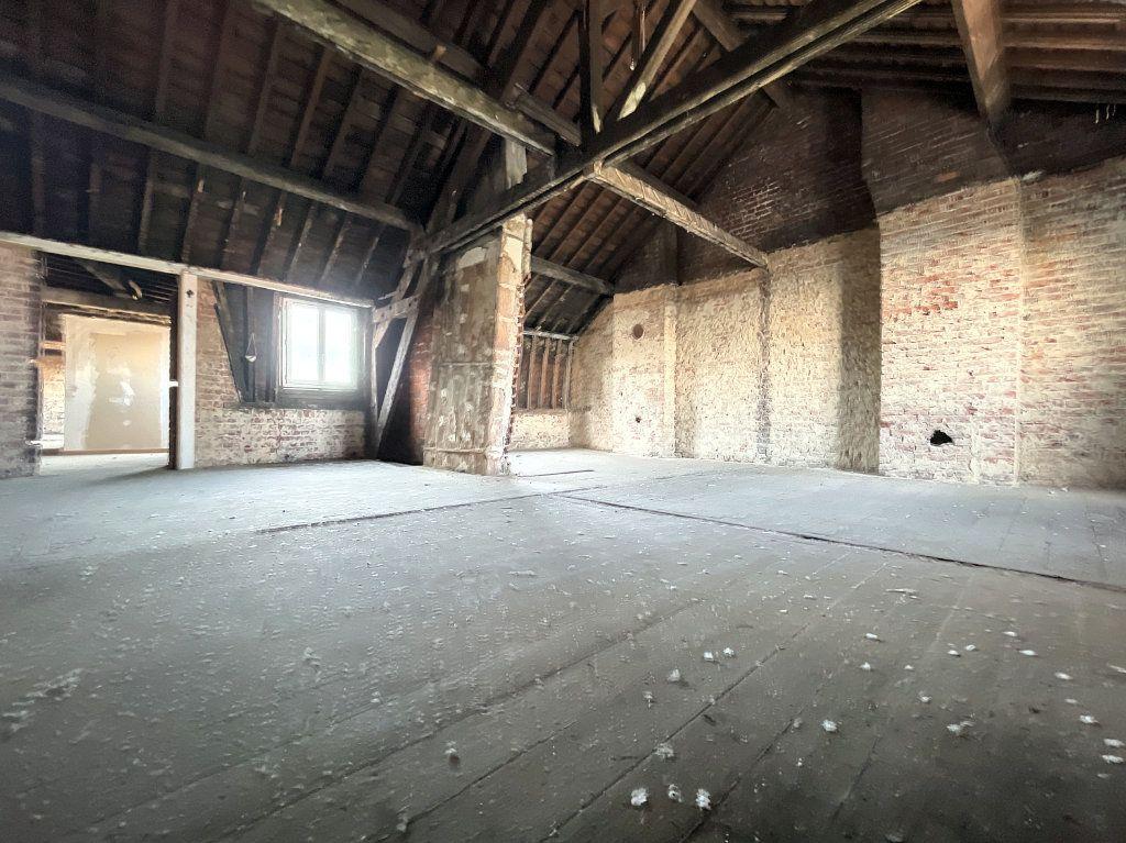 Appartement à vendre 3 97m2 à Lille vignette-5