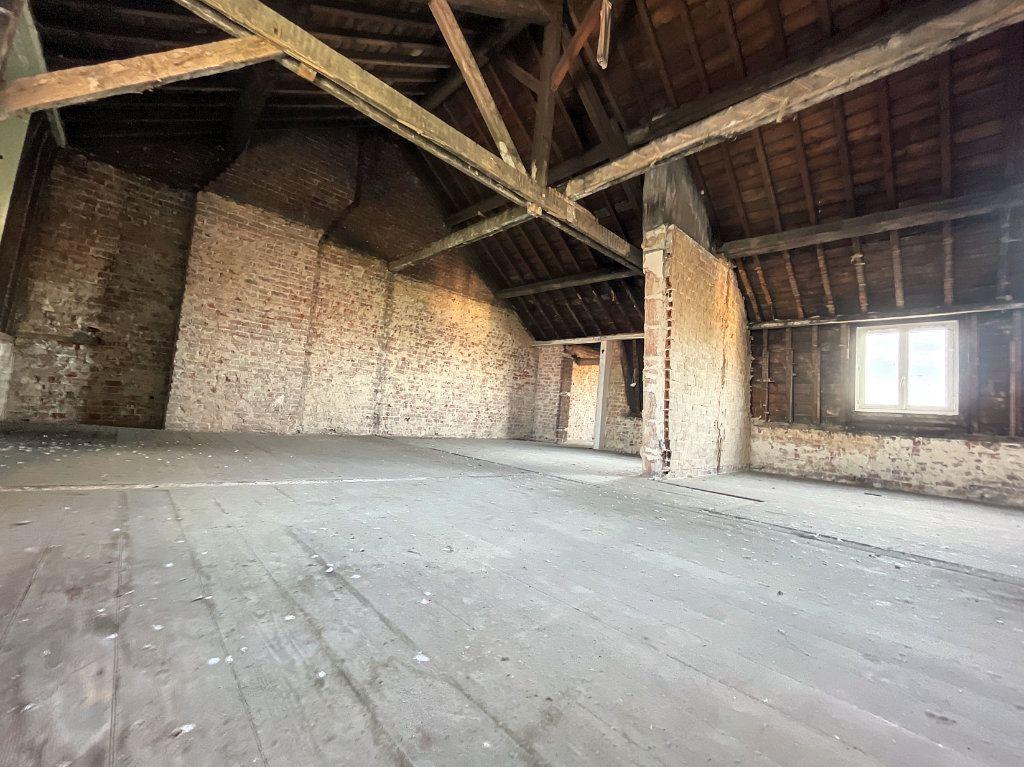 Appartement à vendre 3 97m2 à Lille vignette-6