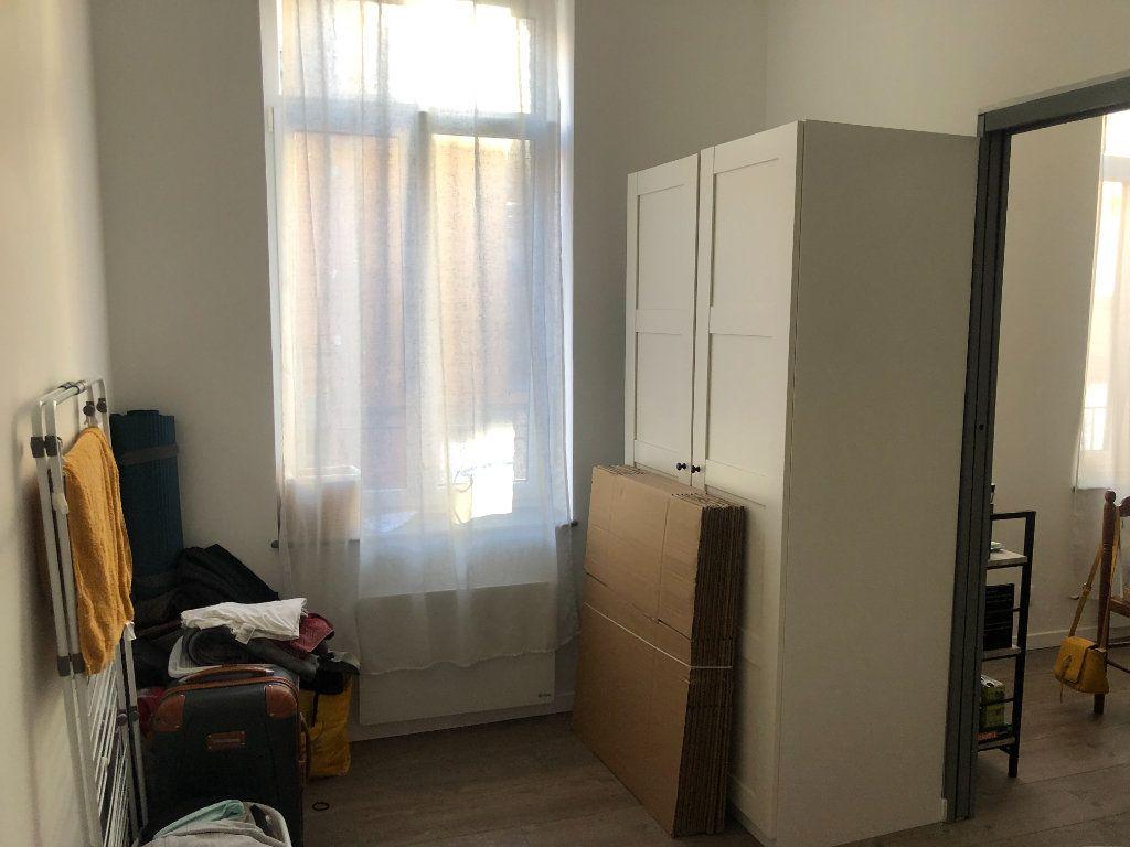 Appartement à louer 2 36.44m2 à Lille vignette-6