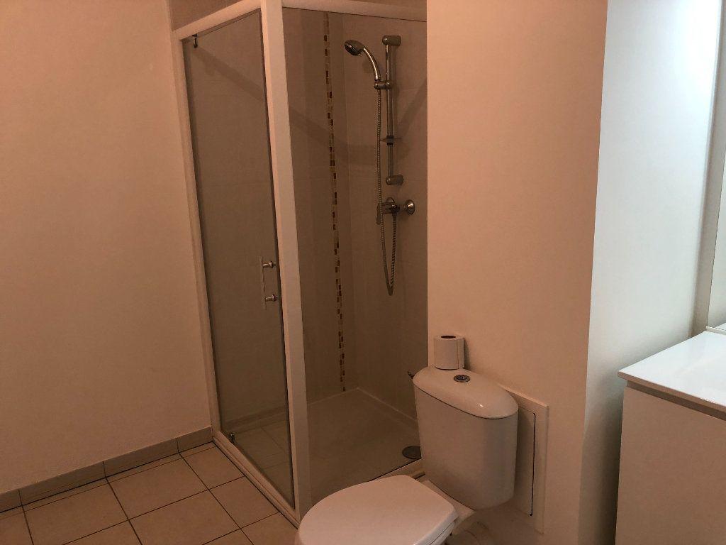Appartement à louer 1 33.05m2 à Capinghem vignette-3