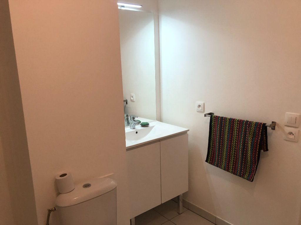 Appartement à louer 1 33.05m2 à Capinghem vignette-4