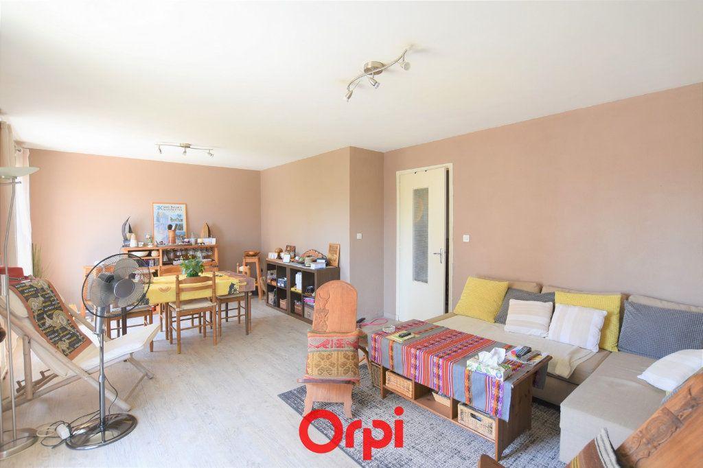 Appartement à vendre 3 76.17m2 à Lunel vignette-2