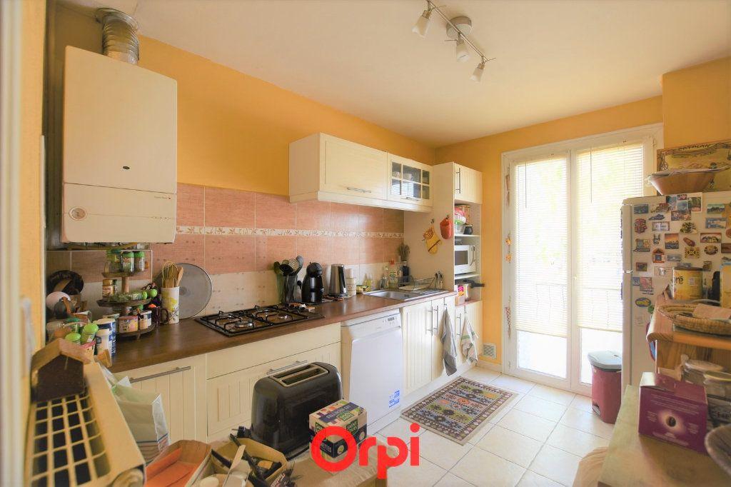 Appartement à vendre 3 76.17m2 à Lunel vignette-4