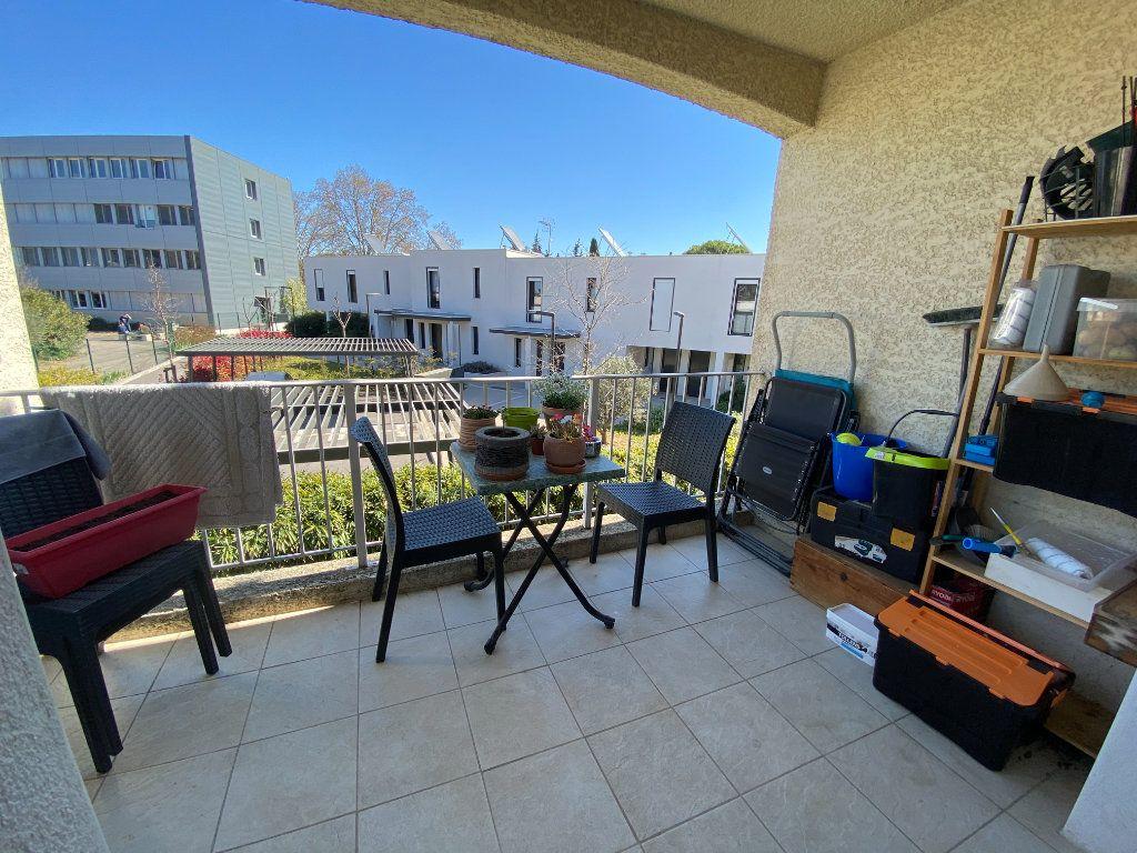 Appartement à louer 2 41.5m2 à Lunel vignette-2
