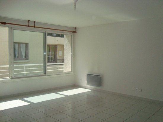 Appartement à louer 2 47.94m2 à Lunel vignette-3