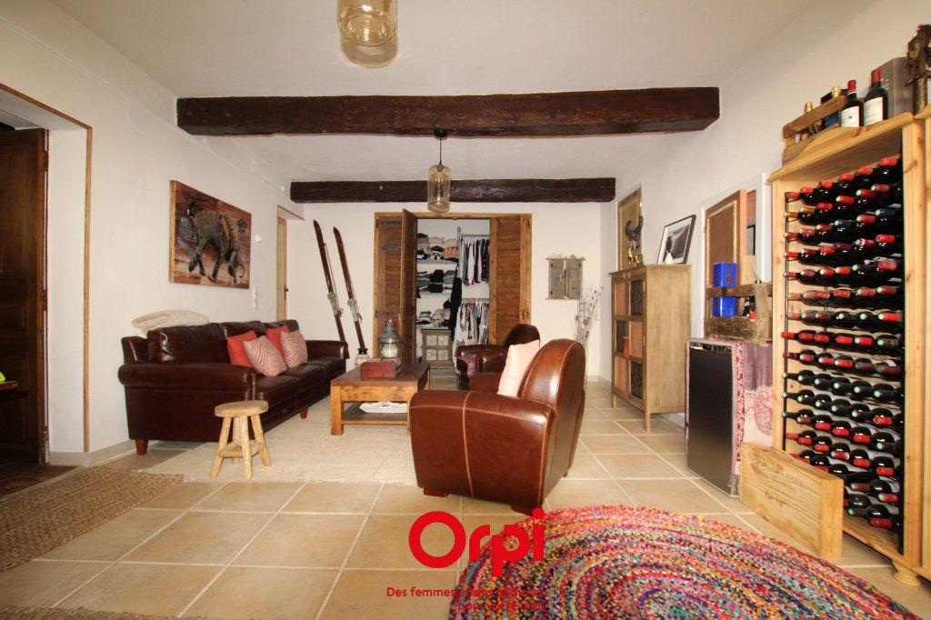 Maison à vendre 5 225.79m2 à Marsillargues vignette-3