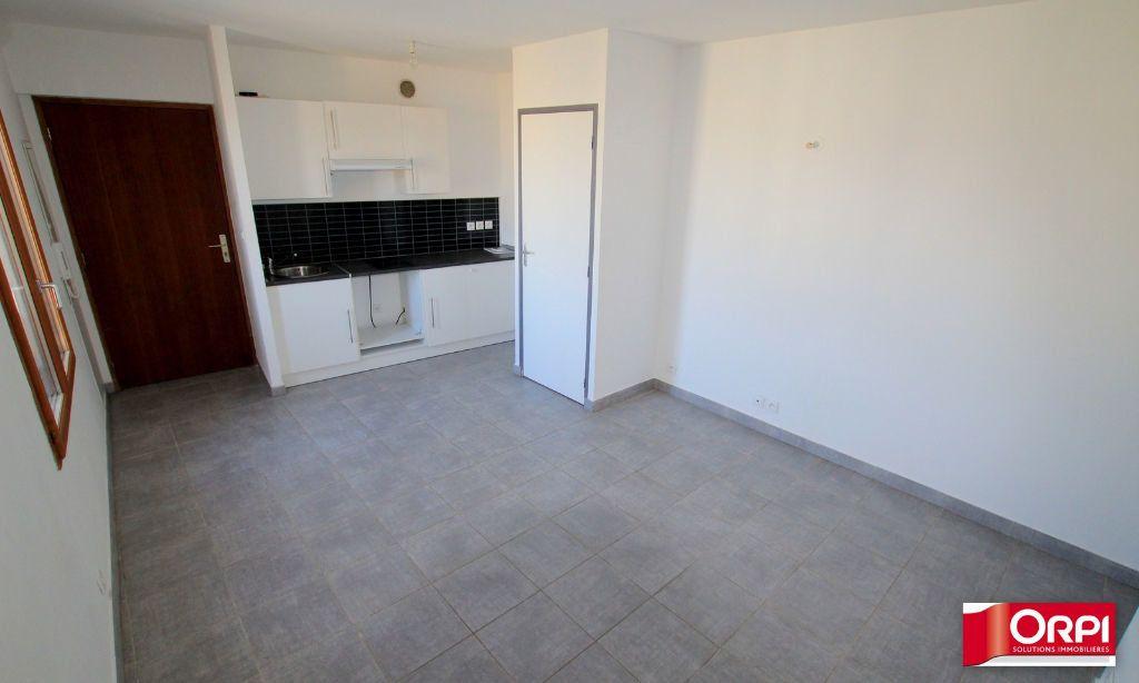 Appartement à vendre 3 44m2 à Calvisson vignette-1