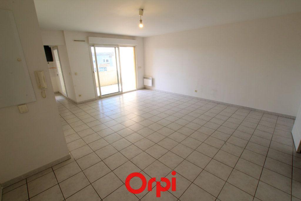 Appartement à vendre 3 65m2 à Lunel vignette-4