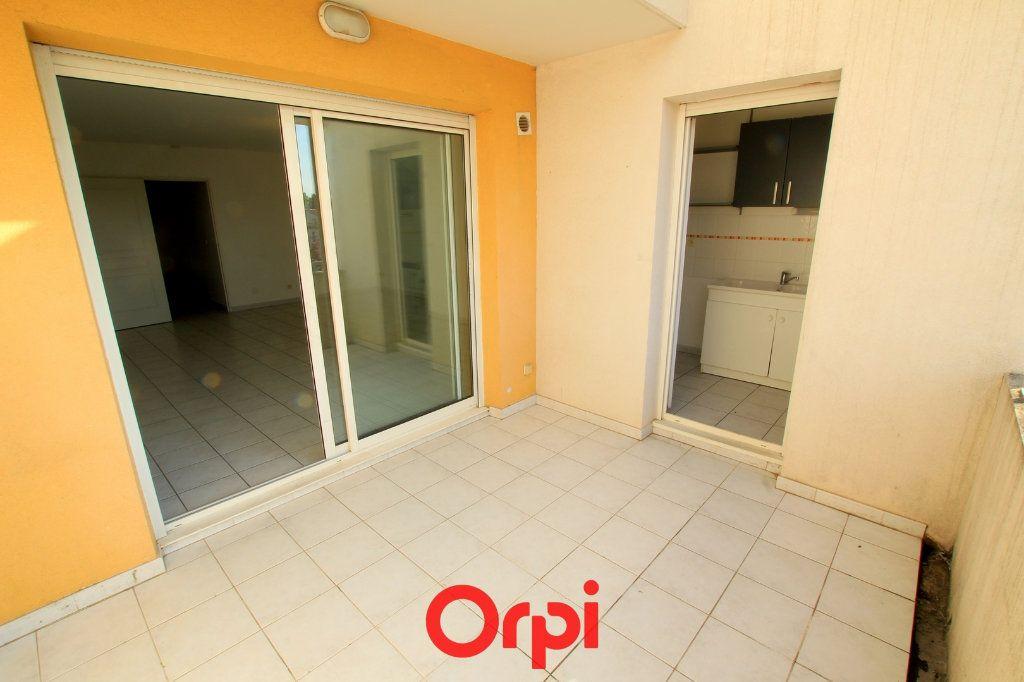 Appartement à vendre 3 65m2 à Lunel vignette-7